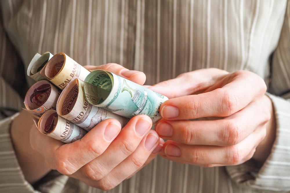 С какой валютой лучше ехать в дубай новостройки в тбилиси