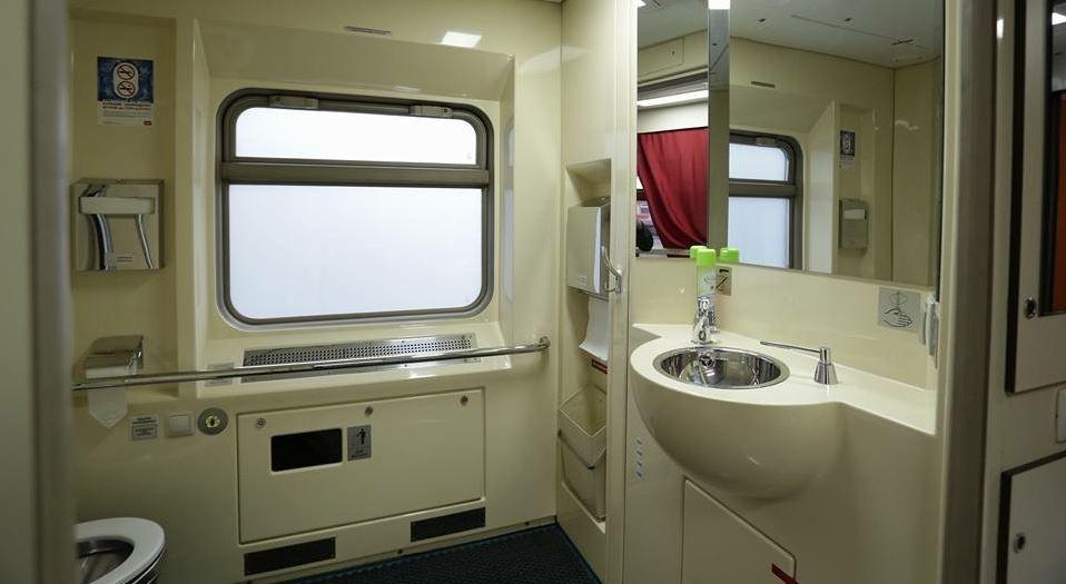 Почему иногда в поезде лучше ехать в плацкартном вагоне, а не в купе