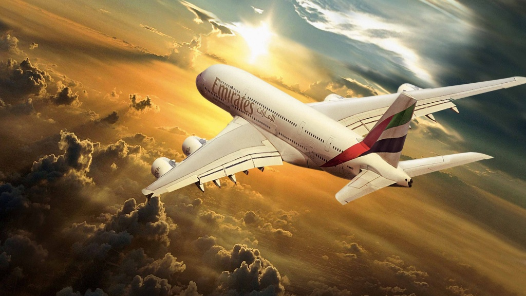 emirates airlines Emirates is one of the world's fastest growing airlines emirates flight catering (ekfc) provides in-flight catering and support for more than 120 airlines flying into or out of dubai international airport.