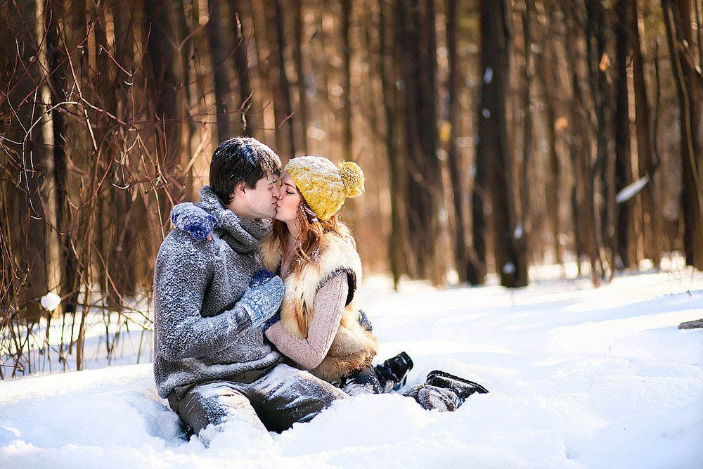фотографии целующихся пар зимой бар белгороде время